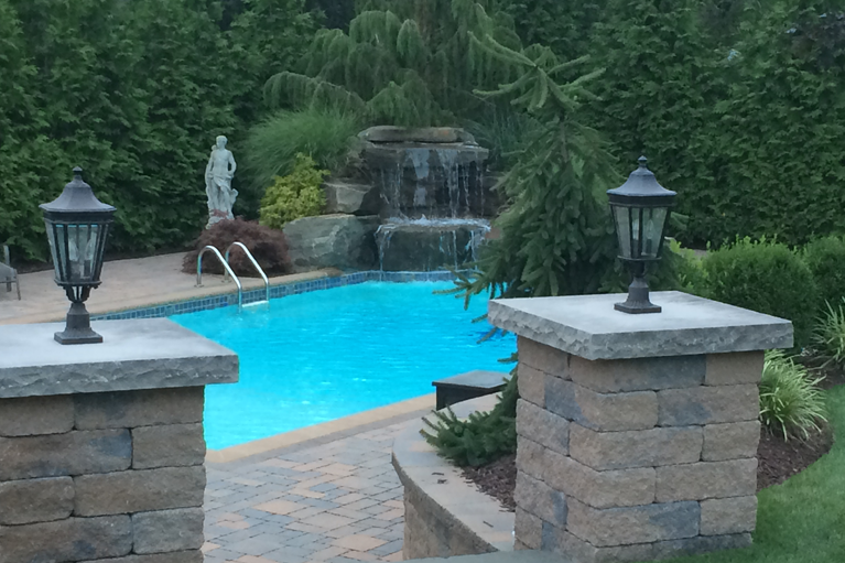Cannizzaro landscaping Pool Design