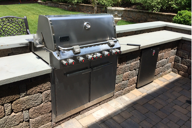 Cannizzaro outdoor Kitchen Designs